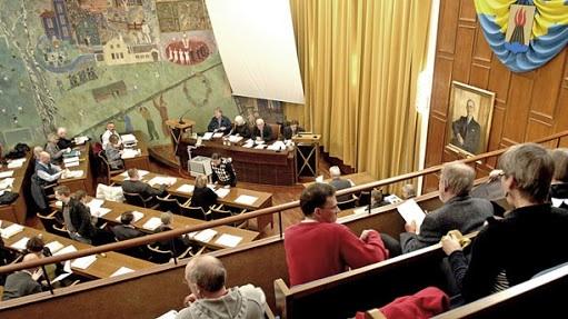 Votering pågår… Om det svaga politiska ledarskapet i Huddinge